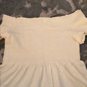 Tops - White Never Been Worn Off The Shoulder Top
